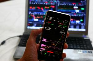 Is trading CFDs gambling?